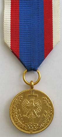 odznaka-w-sluzbie-narodu.jpg